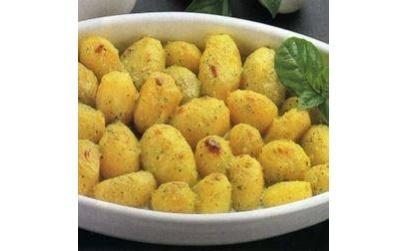 Молодой картофель, запеченный с кремом из базилика (Patatine novelle alla crema di basilico)