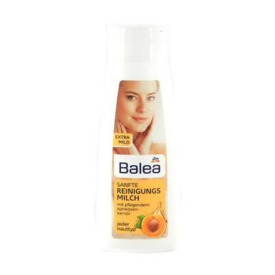 Молочко для очищення обличчя Balea з екстрактом абрикоса  200мл